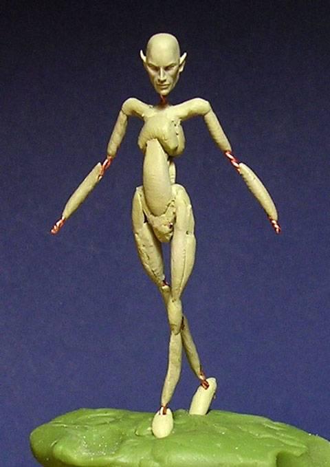 Figura de un Elfo modelado con masillas Milliput y Duro - Paso 1