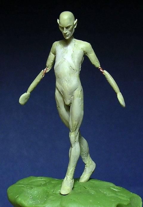Figura de un Elfo modelado con masillas Milliput y Duro - Paso 2