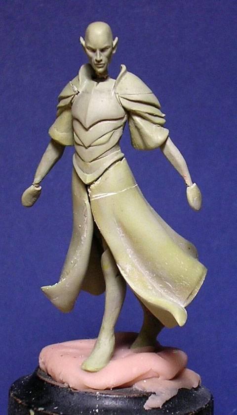 Figura de un Elfo modelado con masillas Milliput y Duro - Paso 4